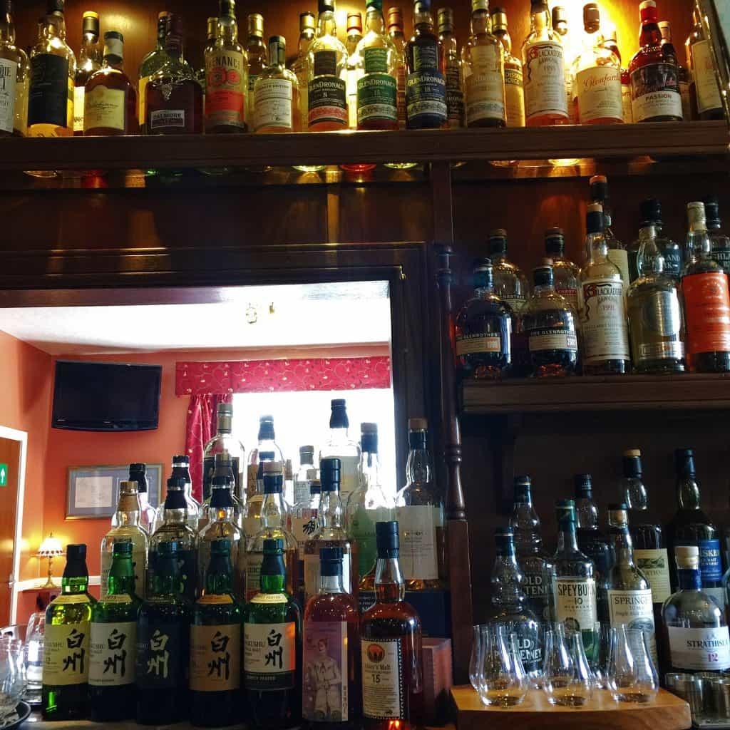 Bar at the Highlander Inn