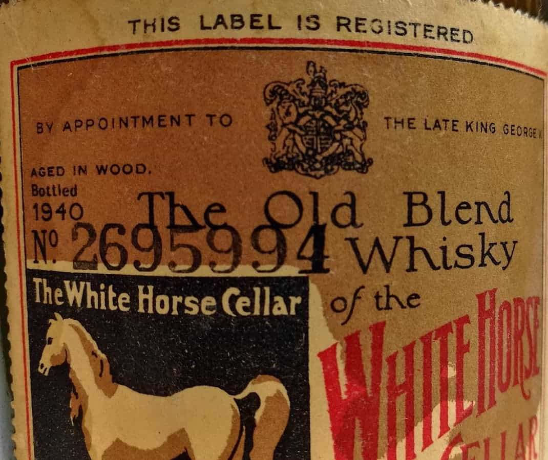 white horse 40s label